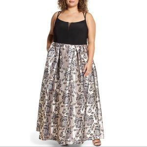 NWT Morgan & Co Floral Plus Size Prom Dress